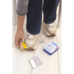 CD149_SneakerCleaningKit_action